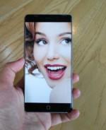 La gamme Elephone P9000 renommée; annoncée le 25 décembre