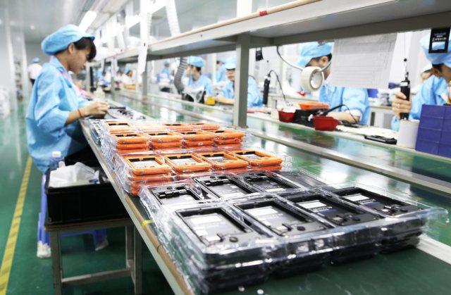Blackview BV5000 : prêt pour sa sortie et photos de l'usine