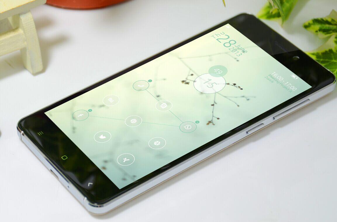 VKWorld VK700X : un téléphone à 60$ ?